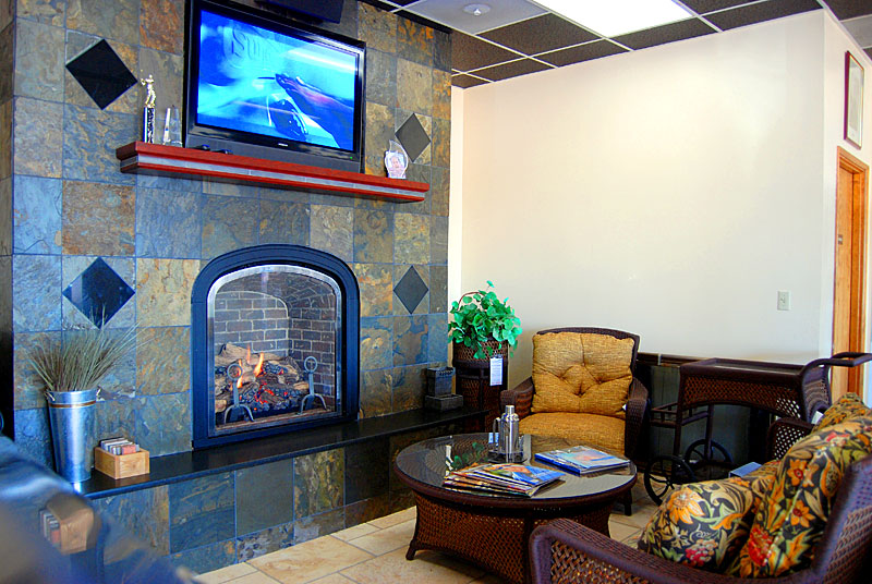 Prefab fireplace. Photo courtesy of instylezone.com